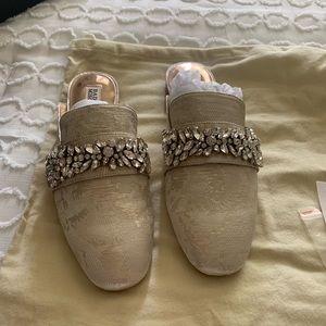 Badgley Mischka Kana Loafers ✨